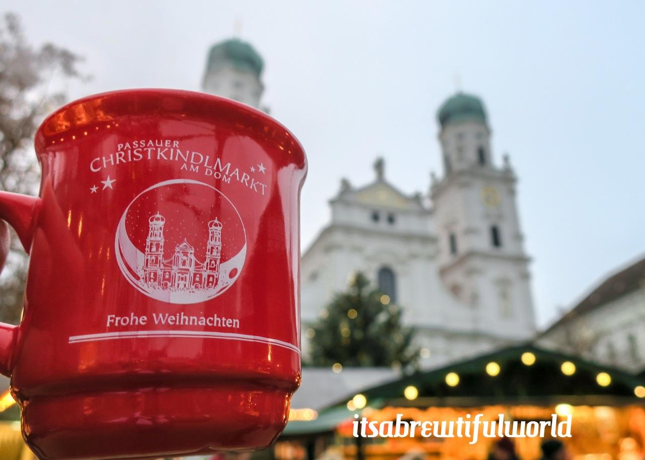 Christkindlmarkt:  Passau